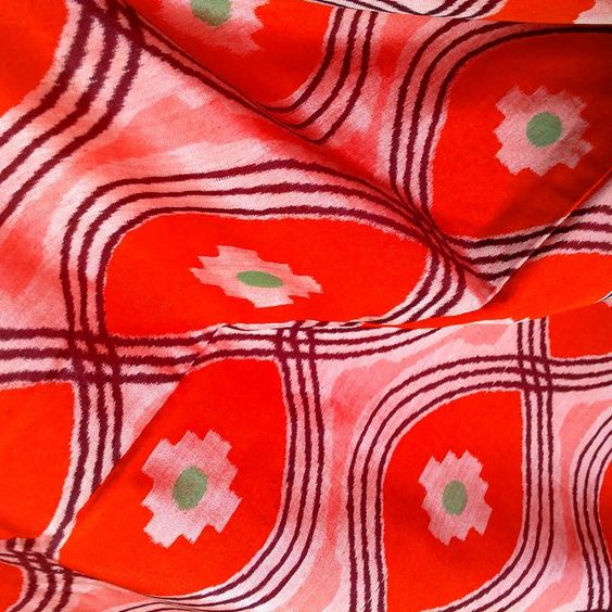 Close up of that fab Ikat kimono #lovevintage #vintagekimono #vintagelovers