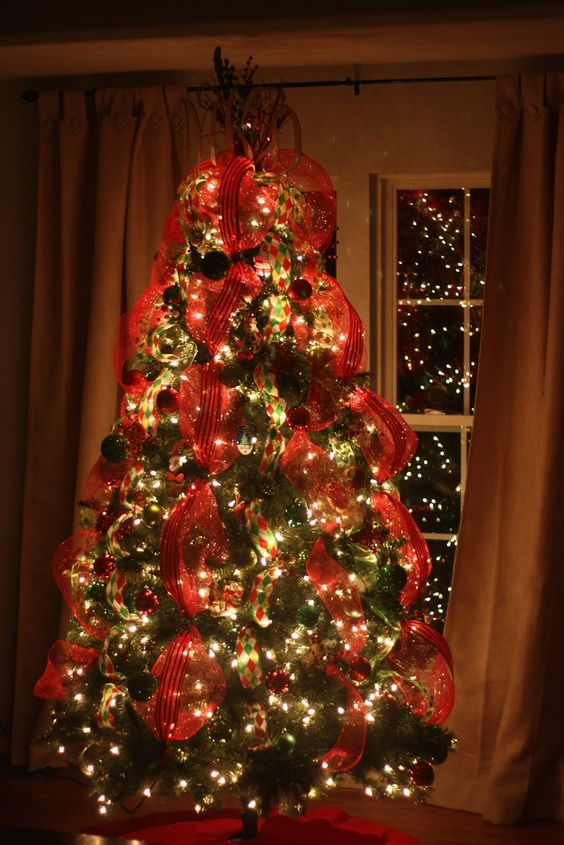 the ribbon christmas trees and my settings on pinterest. Black Bedroom Furniture Sets. Home Design Ideas