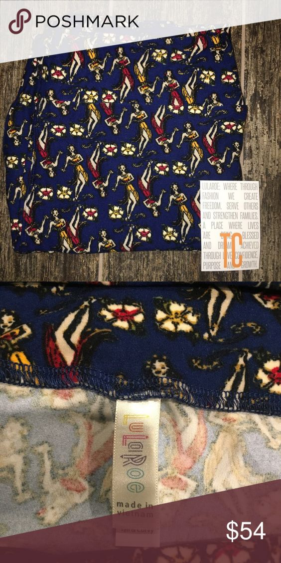 NWT Lularoe Navy Blue Hula Dancers TC 12-22 NWT. Size TC, fits 12-22. Navy blue background with hula dancers. I'm not a LLR rep. All pricing comments will be ignored, but offers will always be welcomed. Sorry, no trades. LuLaRoe Pants Leggings