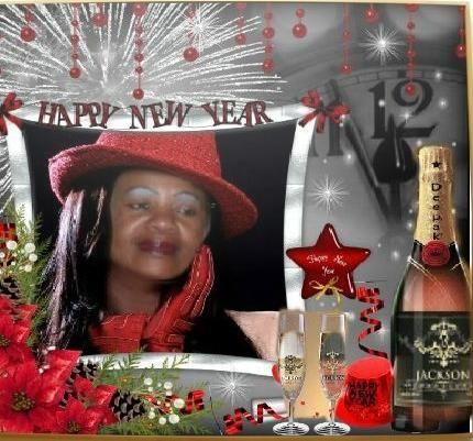Não te esforce para ser alguém conhecido, mas alguém que vale a pena conhecer.Feliz Ano Novo!...te abenções e que os caminhos do novo horizonte lhe mostra a fé,razão,amor,amizade...