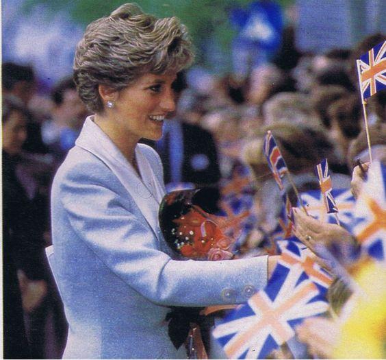 Image - Diana & Charles - Prague * Czechoslovakia _ 06 / 07 Mai 1991 - Blog sur Lady Diana , William , Catherine & George... - Skyrock.com