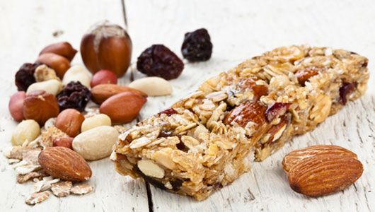 Yummy no gluten, easy recipes: Bars Recipehealthy, Fitness Healthy Eating, Protein Bar, Granola Bar, Homemade Energy Bars, Cereal Bars, Bar Recipes, Healthy Snack, Healthy Food