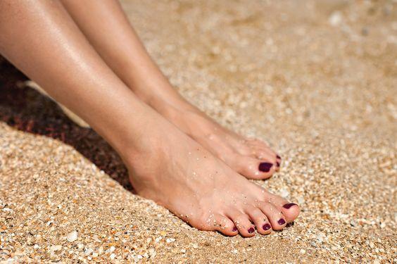 Naturkosmetik für samtweiche Beine und Füße
