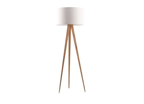 Lampadaire design pied bois style design and tables for Table tripode scandinave