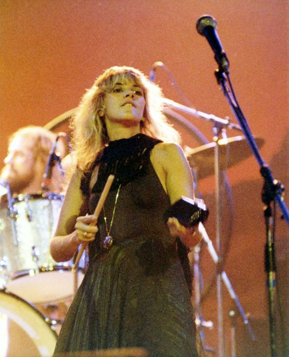 On this day in…1976: Fleetwood Mac performed at the Sunday Break II festival in Austin, TX. This was also the last show from the tour. Here is some great, rare 8mm footage from this day, with bits...