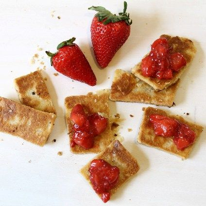 [Sponsored Post] Strawberry Spread with Pie Chips for DOLE®