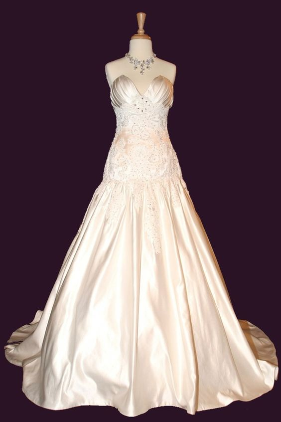 Sexy dropped waist ball gown wedding dress- Just so classy and stylish !!!! Wedding dresses will always be beautifull to women........ No matter how many you have seen
