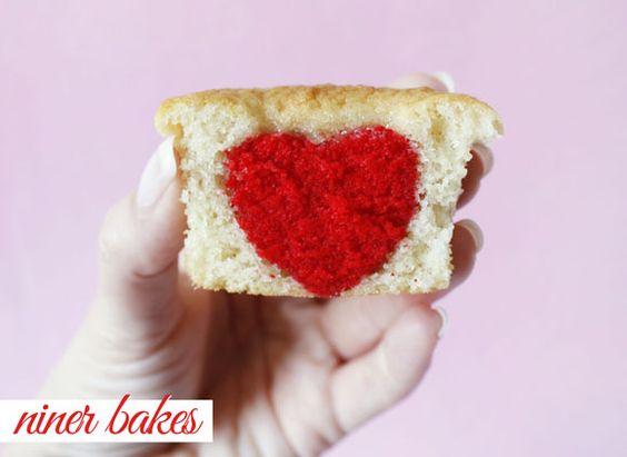 {Für mein Lieblingsmädchen} Süße Herz Überraschungs Cupcakes | niner bakes