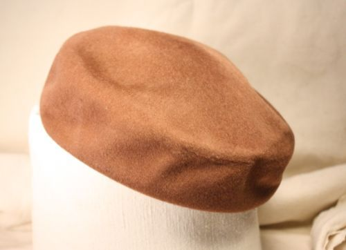 Vintage 1950s 1960s Chocolate Brown Beret Hat Kerrybrooke Downy-glo Finish