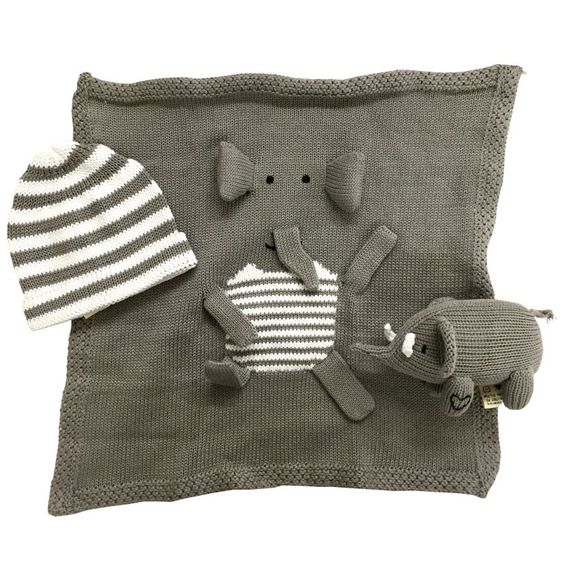 Shop the organic elephant baby gift set and other organic baby gifts at Estella.