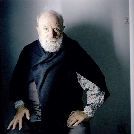Portrait de l'écrivain Michel Butor chez lui à Lucinges en Haute-Savoie en…