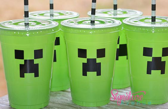 For Charles party, they would LOVE this! Minecraft Birthday Party Cups-Set of 12 on Etsy, $16.40
