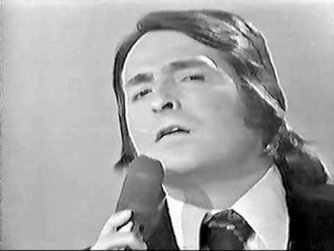 Grandes Crooner Vídeo De Un Beso Y Una Flor De Nino Bravo De Antol En 2021 Musica Para Recordar Jose Luis Rodriguez Manuel Mijares