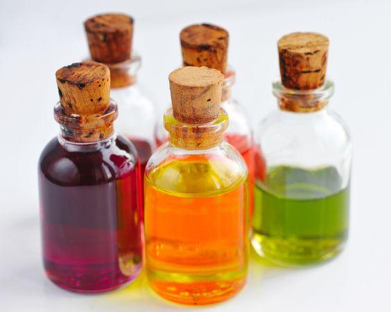 Soy una amante de los aceites naturales para la piel del cuerpo y del rostro. La medicina ayurvédica sostiene que todo aquello que nos ponemos en la dermis debería poder ingerirse.