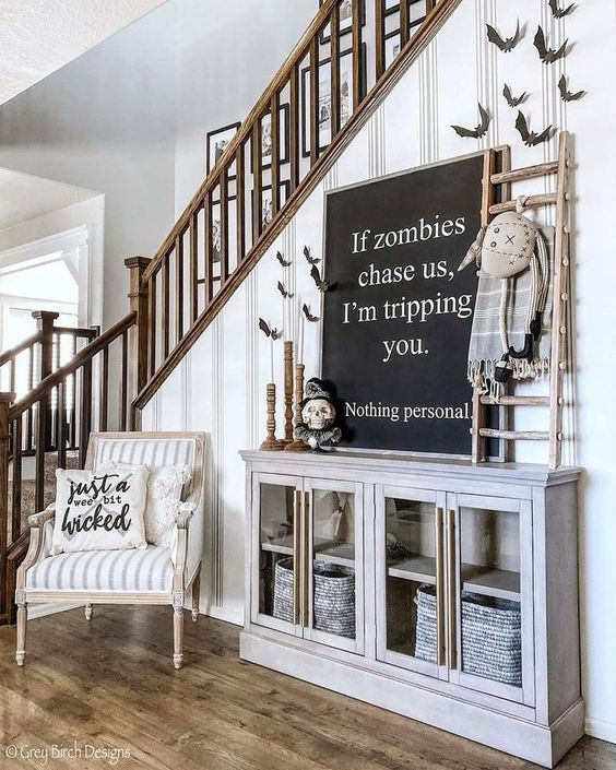 Halloween House 2020 31 Haunted Farmhouse Halloween Decorating Ideas » Lady Decluttered