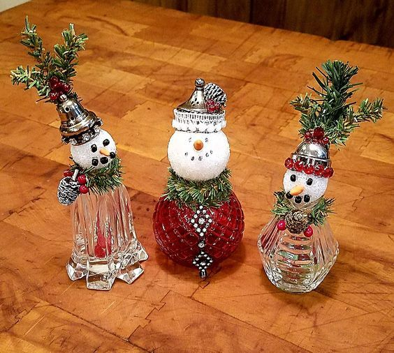 Learn How To Create These Gorgeous Dollar Store Diy Christmas Table Decorations For The Xmas Crafts Diy Christmas Decorations Easy Easy Christmas Diy