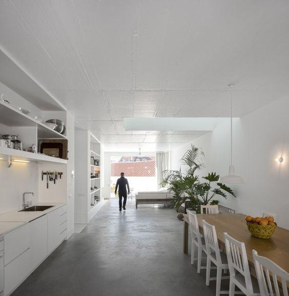 Casa dos Prazeres / José Adrião Arquitectos