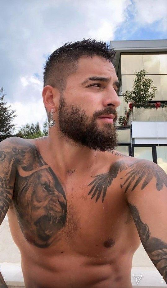 Maluma In 2020 Manner Frisur Kurz Heisse Tatowierte Manner Schone Mannergesichter