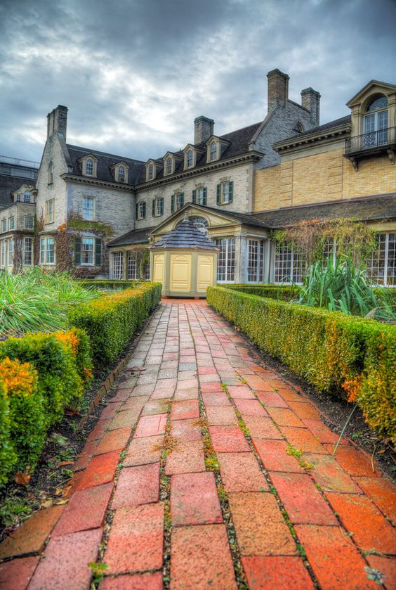 Eastman House External by Brian Ferrigno on 500px