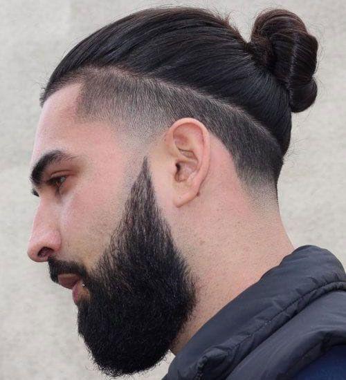 Pin By Joel Ramirez On Fryz Man Bun Hairstyles Man Bun Undercut Man Bun Haircut