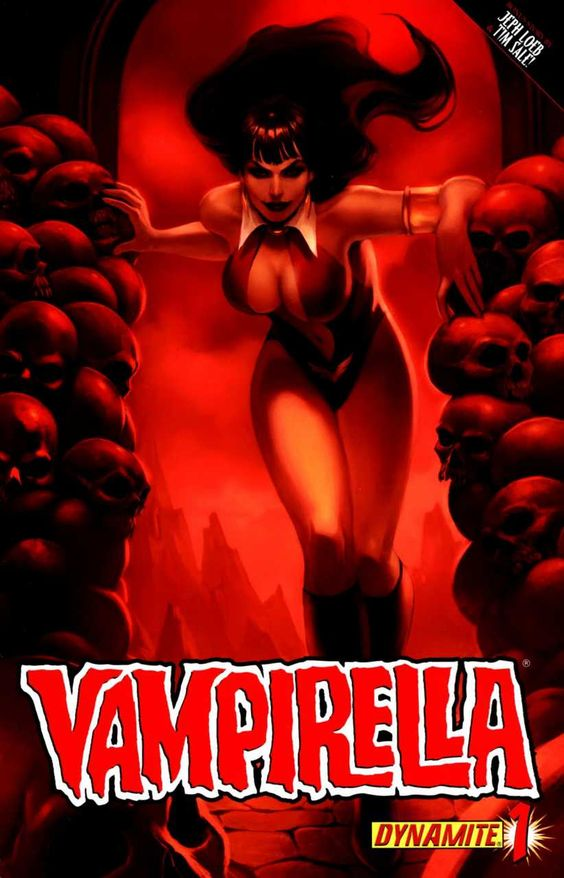 Vampirella #1 - Crown of Worms, Part 1: Red Right Hand; Looking for Mr. Goodwin