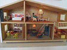 Lundby Puppenhaus mit Puppen und Einrichtung / Trafo