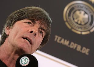 Joachim Löw baut zum Auftakt in der WM-Qualifikation auf seine bewährten EM...