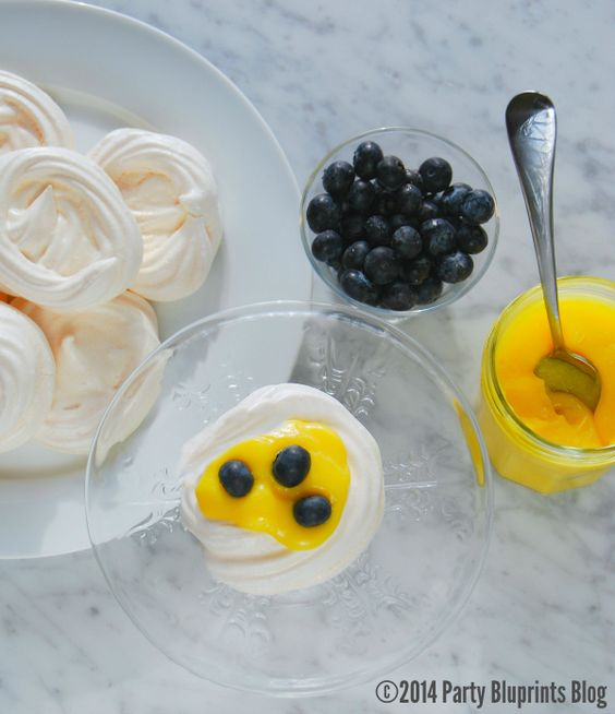 Spring desserts, Meringue and Nests on Pinterest
