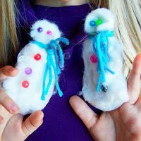 32 Snow Activities for Kids this Winter!