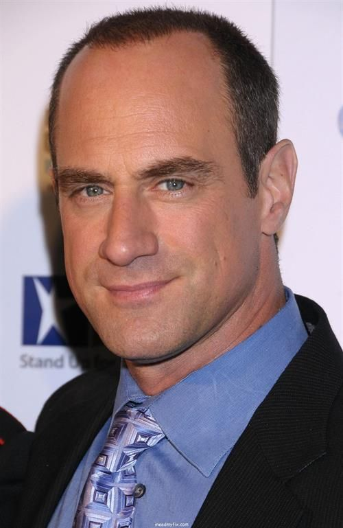 Chris Meloni plays Detective Elliot Stabler in Law and ... Christopher Meloni Law And Order