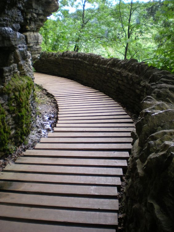 Visit these as practice before national parks/out of state parks ---12 Awesome Indiana State Parks to visit