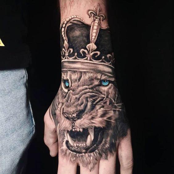 hand tattoos men 2021