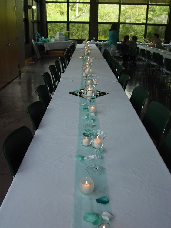 tulle table runner