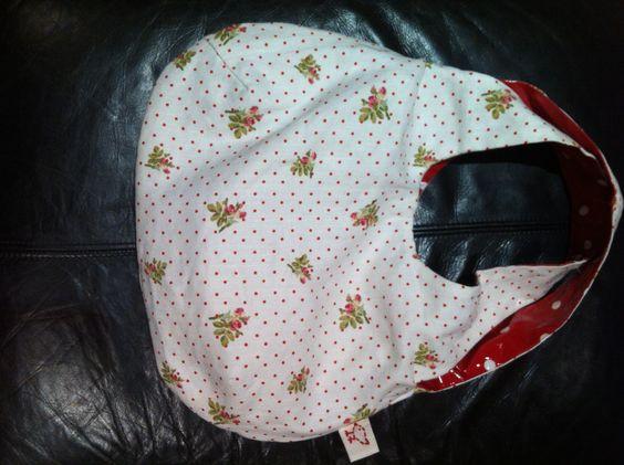 Reverse of my oilskin bag using reversible bag pattern by verypurpleperson.com