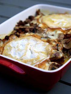 Poulet au Mont-d'or et champignons : Recette de Poulet au Mont-d'or et champignons - Marmiton