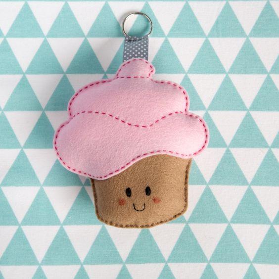 Cupcake hanger lichtroze met donkerroze