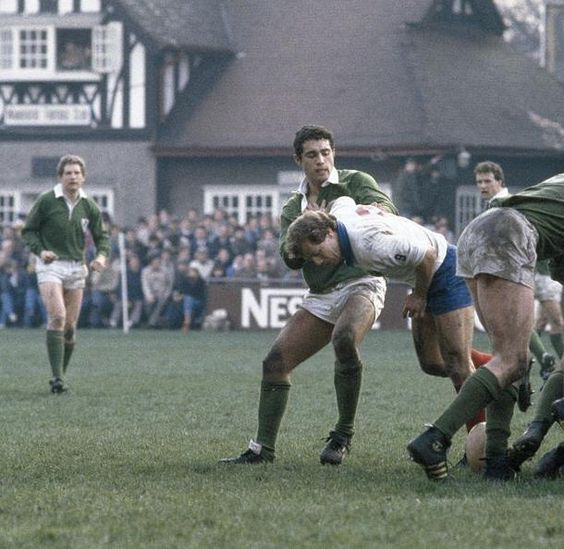 Jérôme Gallion nabbed by Bradley (Irl) in the old Lansdowne Road, Wanderers clubhouse in the background