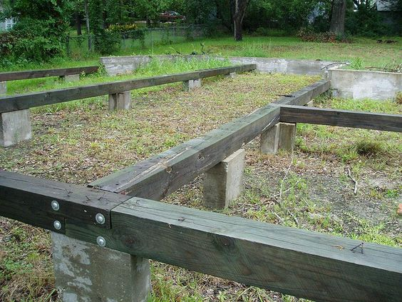 Cabin foundations pier and beam foundation flickr for Building a pier and beam foundation
