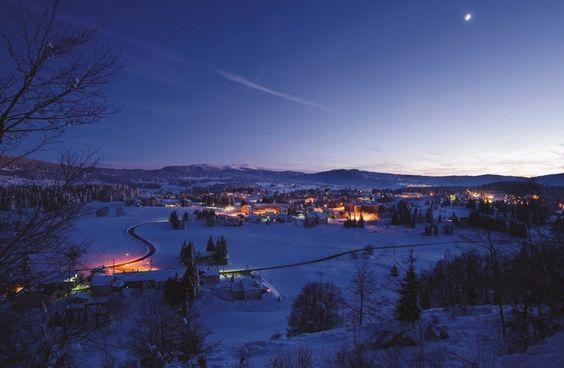 Les Rousses, station de ski familiale aux 4 villages à gardé l'esprit montagne | Haut-Jura | France | Vacances à la montagne | Crédit photo : Stéphane Godin/Jura Tourisme | #JuraTourisme #Jura
