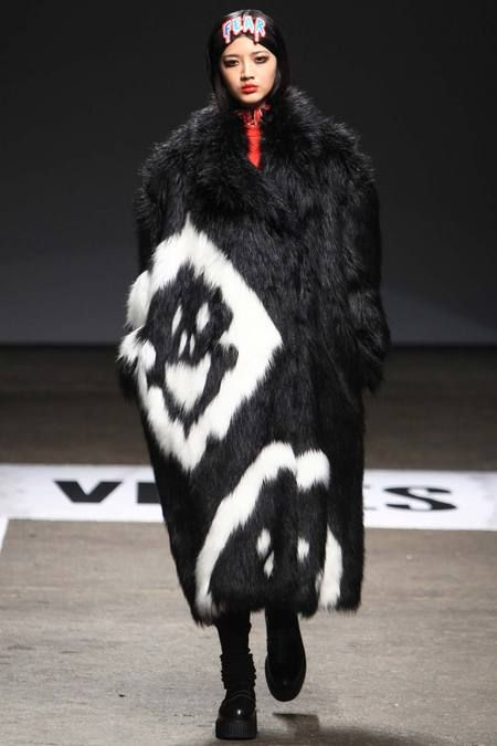 VFiles   Fall 2014 Ready-to-Wear Collection   Style.com