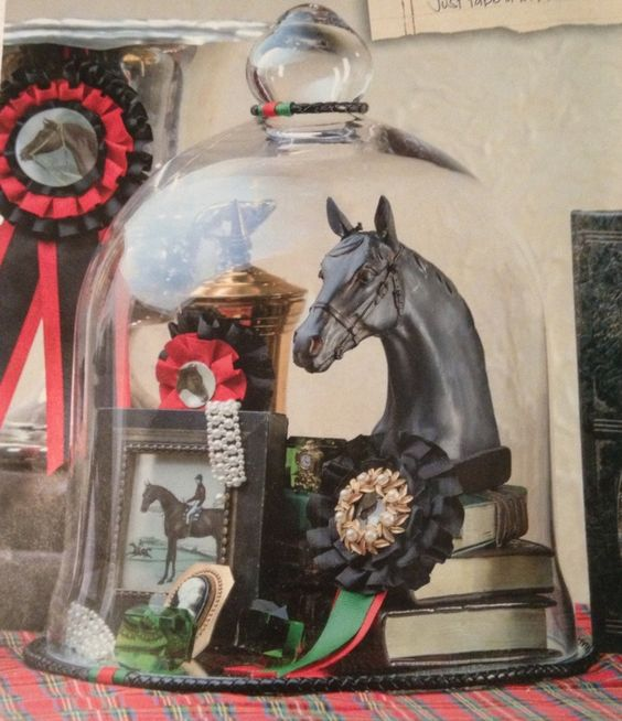 Winner's Circle Display: I love nothing more than creating spaces for equestrian inspired decor. This one is so simple that anyone can do it! Make it your own and have fun with it. Here are some tips on what to do...