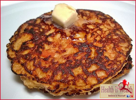 Strong and Beyond: Paleo Carrot Cake Pancakes