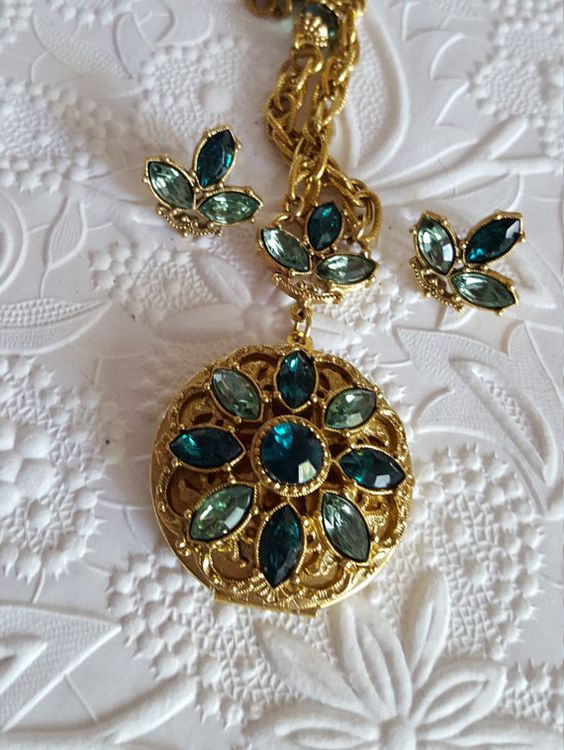 Vintage Locket and Matching Pierced Earrings 26 by TheCitrineBee