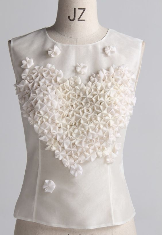 3D Hexagonal Tessellation - dimensional pattern & texture creation using origami techniques; fabric manipulation for fashion