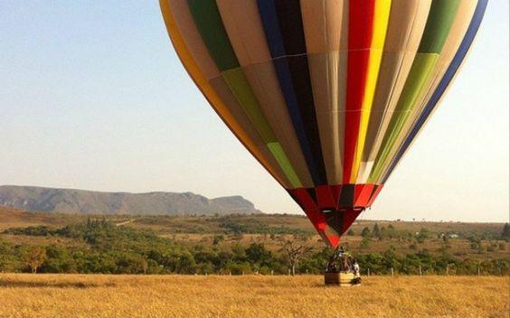 2. Voo panorâmico de balão sobre o parque nacional da Chapada dos Veadeiros. Foto: Patrícia Moraes/iG