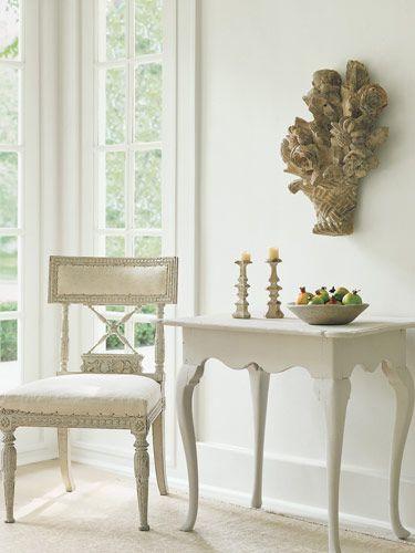 White window/corner