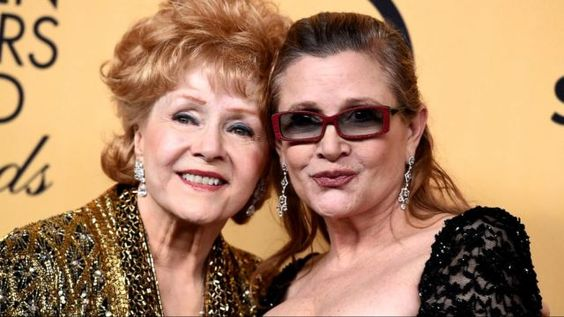 Beautiful Drawing Of Debbie Reynolds And Daughter Carrie Fisher Shared By Todd Fisher----https://www.yahoo.com/celebrity/todd-fisher-shares-heartbreaking-drawing-005509074.html