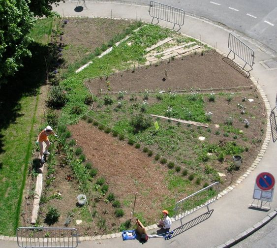 le rond de jardin un rond point jardin et anim par les habitant e s en plein centre ville de. Black Bedroom Furniture Sets. Home Design Ideas