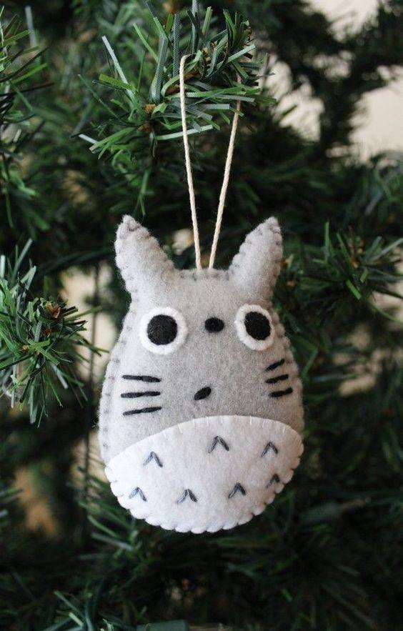 Adornos de Navidad de Totoro. #adornosnavidad #adornosnavidadoriginales #navidad #christmas #adornosnavidadgeek #totoro: