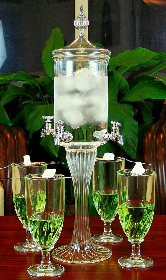 Deluxe Absinthe Fountain Set With Glasses And Spoons: